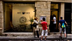 anti-cafe