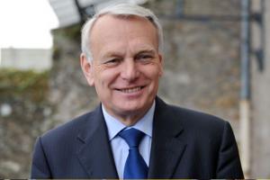 Jean-Marc Ayrault pense à  la retenue de l'impôts à la source