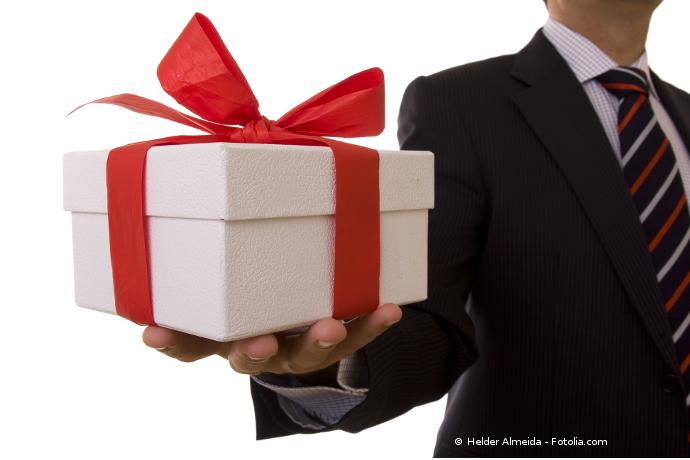 un fran ais sur deux va acheter un cadeau pour la saint valentin. Black Bedroom Furniture Sets. Home Design Ideas