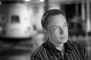 Elon Musk fait lui-même le service client