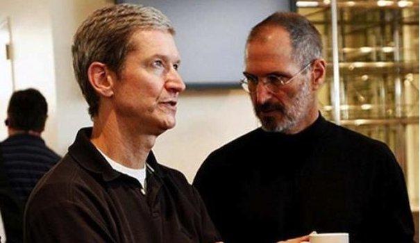 steve jobs entrepreneurs apple mac ordinateurs équipe tim cook jay elliot génie