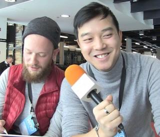 Atomic Soom : il relève un défi pendant l'interview